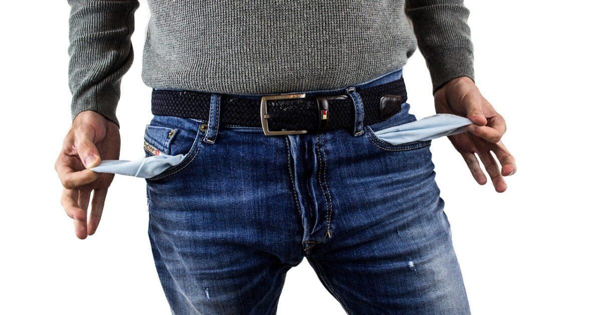 «Росгосстраху» придется расстаться с третью собранных страховых премий