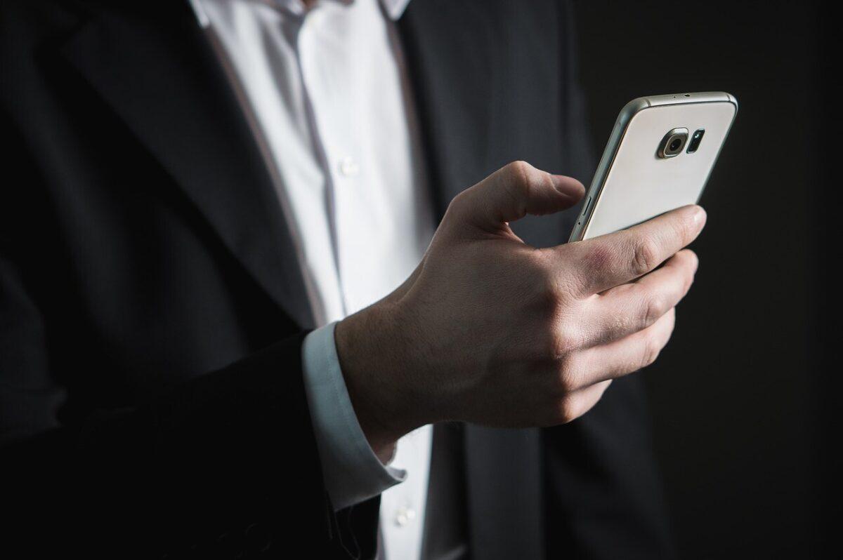 е-ОСАГО можно будет показывать на смартфоне или планшете